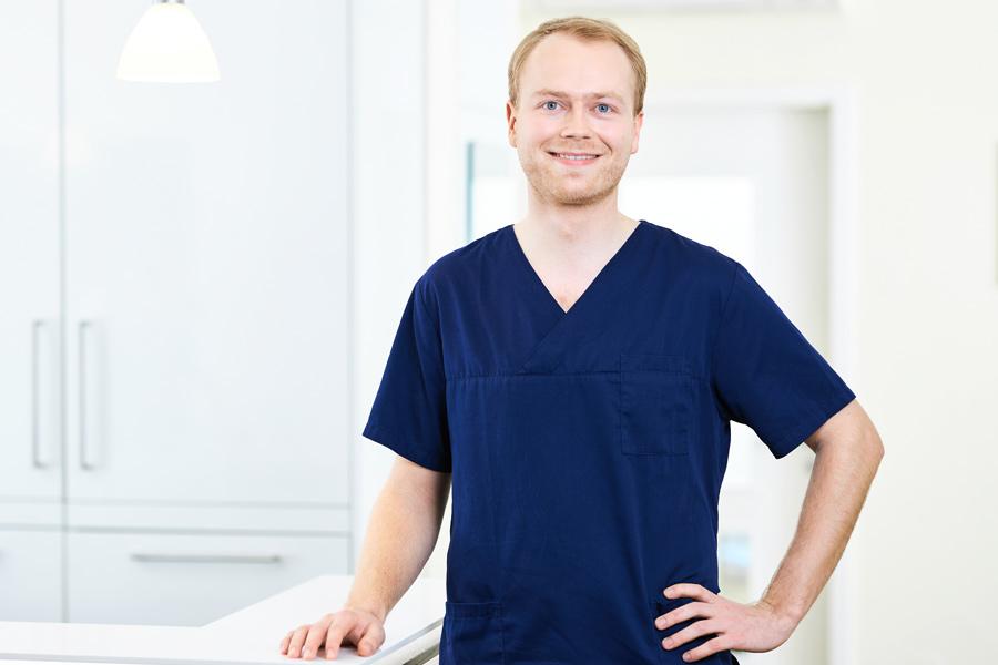 Dr. Maximilian Schemminger
